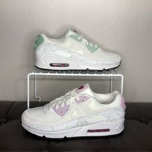 NEW Nike air max 90 shoes Valentine's Day 2020 8.5